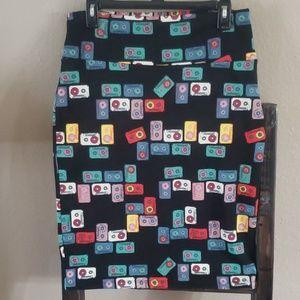LuLaRoe Cassette Cassie Skirt Size Large